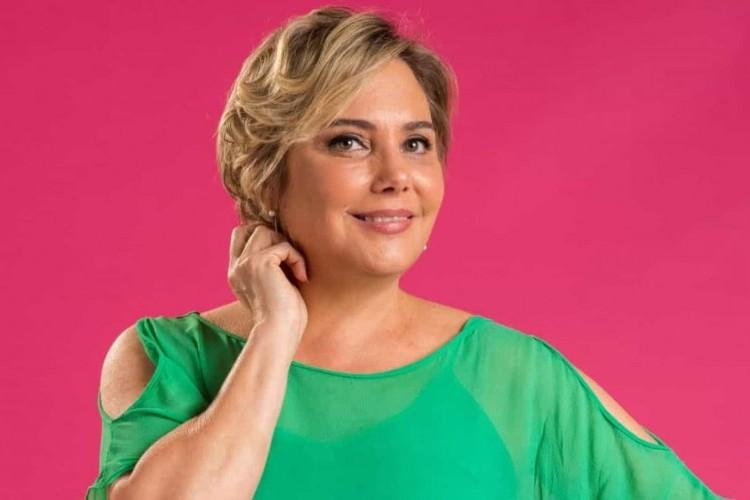 https://radiofm97.com.br/uploads/news/Heloísa Périsse diz que câncer não a fará deixar de sorrir