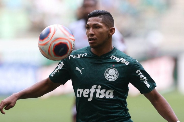 https://radiofm97.com.br/uploads/news/Rony, atualmente no Palmeiras, é suspenso pela Fifa
