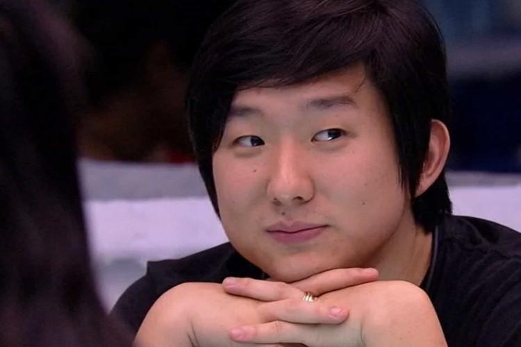 https://radiofm97.com.br/uploads/news/Pyong Lee diz usar mesma camiseta há uma semana e não passa desodorante