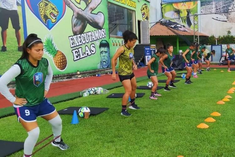 https://radiofm97.com.br/uploads/news/Mesmo com oito jogadoras infectadas, equipe volta a treinos em Manaus