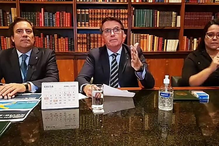 https://radiofm97.com.br/uploads/news/Bolsonaro espera retomada de atividades no país em até quatro meses