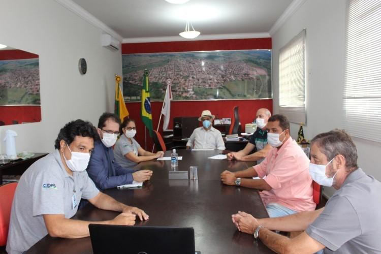 https://radiofm97.com.br/uploads/news/Reunião Apresenta Produtos que Serão Inspecionados Pelo SIMC em Campina Verde