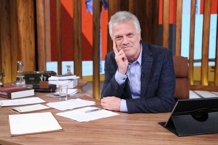 https://radiofm97.com.br/uploads/news/Pedro Bial é detonado após criticar 'Democracia em Vertigem'
