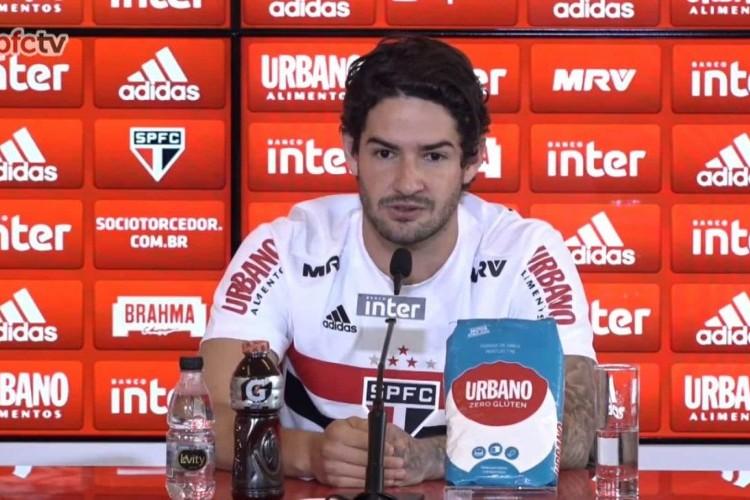 https://radiofm97.com.br/uploads/news/Pato pode completar seis meses sem marcar pelo São Paulo